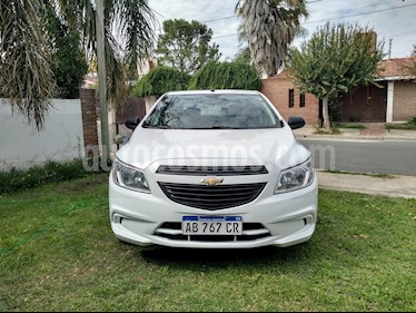 Chevrolet Prisma Joy LS usado (2017) color Blanco precio $640.000