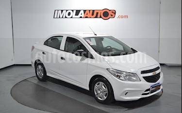 Chevrolet Prisma Joy LS + usado (2018) color Blanco precio $620.000