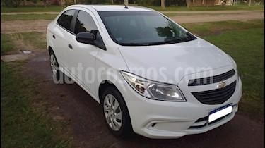 Foto venta Auto usado Chevrolet Prisma LT (2016) color Blanco Summit precio $335.000