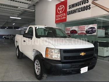 Foto venta Auto usado Chevrolet Silverado 1500 2p Cab Regular V6/4.3 Man (2013) color Blanco precio $175,000