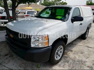 Foto venta Auto usado Chevrolet Silverado 1500 Cab Reg Paq C Aut (2013) color Blanco precio $183,500