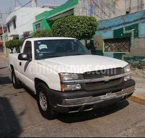 Foto venta Auto usado Chevrolet Silverado 1500 Cab Reg Paq C (2007) color Blanco precio $76,000