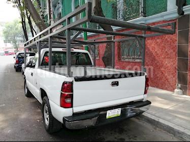 Chevrolet Silverado 1500 Cab Reg Paq C usado (2006) color Blanco precio $84,500