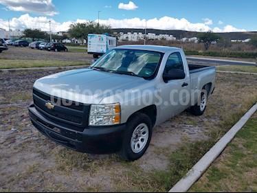 Foto venta Auto usado Chevrolet Silverado 1500 Cab Reg Paq E (2011) color Plata precio $149,000