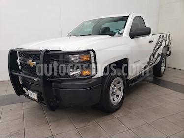 Foto venta Auto Seminuevo Chevrolet Silverado 1500 Cab Reg Paq F (2015) color Blanco precio $260,000