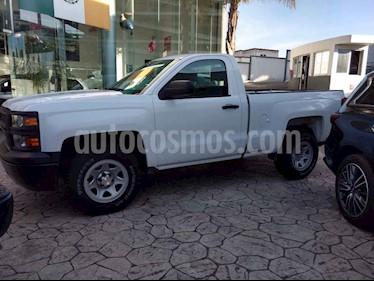 Foto venta Auto usado Chevrolet Silverado 1500 Cab Reg WT (2015) color Blanco precio $298,000