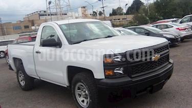 Foto venta Auto Seminuevo Chevrolet Silverado 1500 Cab Reg WT (2015) color Blanco precio $272,000