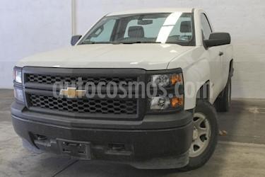 Foto venta Auto usado Chevrolet Silverado 1500 LS Cab Reg  (2015) color Blanco precio $299,000