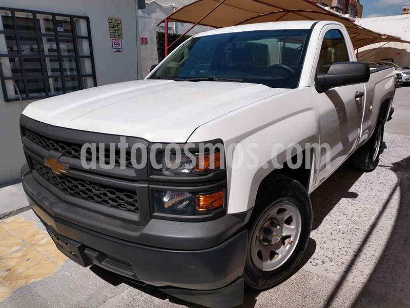 Chevrolet Silverado 1500 Cab Reg Paq A usado (2015) color Blanco precio $239,000