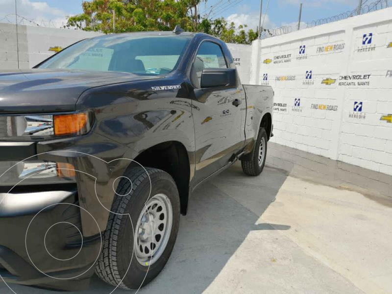 Foto Chevrolet Silverado 1500 Cab Reg Paq B nuevo color Blanco precio $663,900