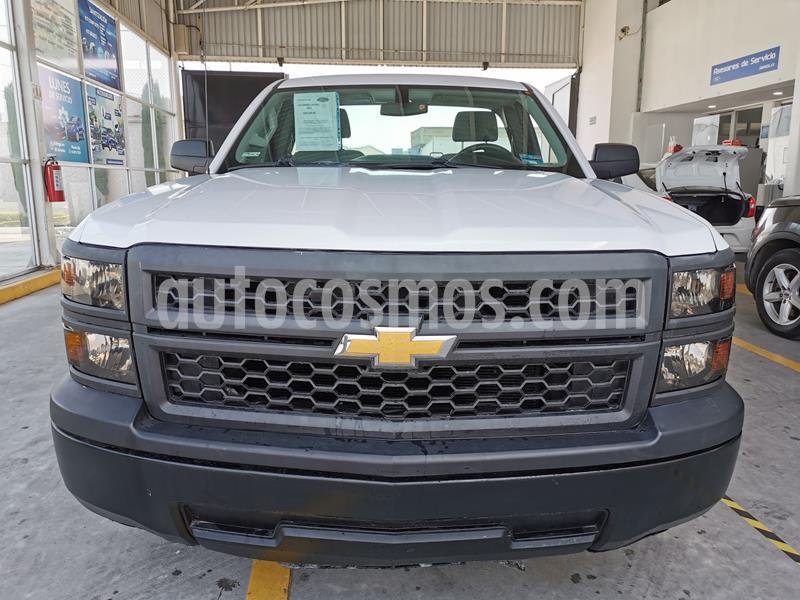 Chevrolet Silverado 1500 Cab Reg Paq B usado (2015) color Blanco precio $235,000