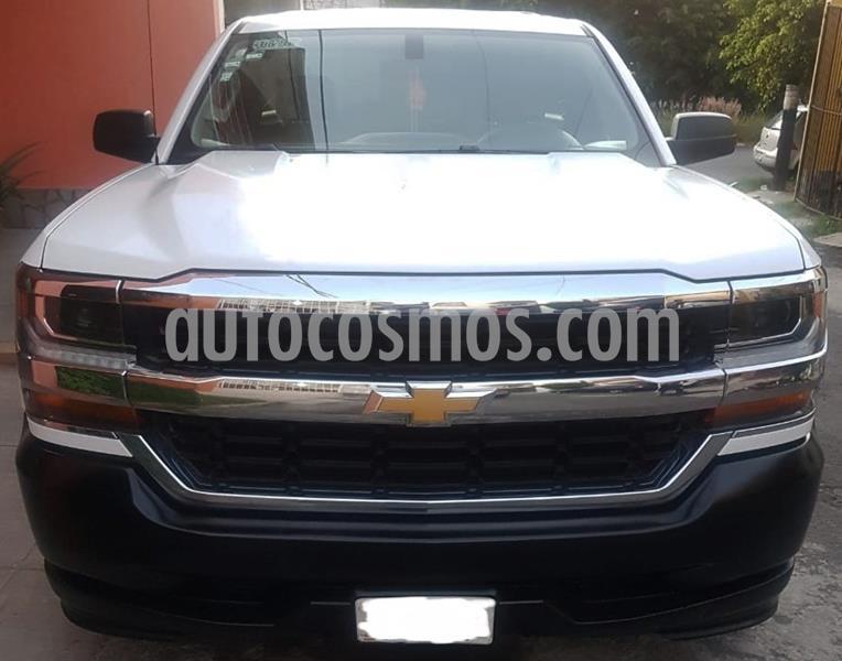 Chevrolet Silverado 1500 LS Cab Reg  usado (2016) color Blanco precio $240,000