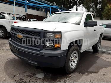 Chevrolet Silverado 1500 Cab Reg Paq C usado (2015) color Blanco precio $198,000