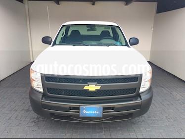 Chevrolet Silverado 1500 Cab Reg Paq A usado (2013) color Blanco precio $204,500