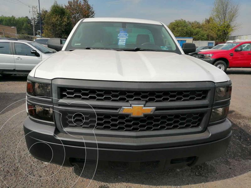 Chevrolet Silverado 1500 Version usado (2015) color Blanco precio $250,000
