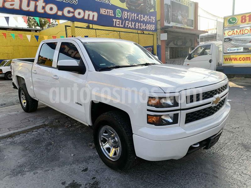 Foto Chevrolet Silverado 1500 4x4 Doble Cabina Paq F usado (2014) color Blanco precio $329,000