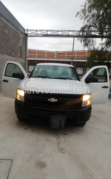 Chevrolet Silverado 1500 Cab Reg Paq A usado (2013) color Blanco precio $180,000