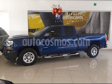 Foto venta Auto usado Chevrolet Silverado 2500 4p LS Doble Cabina V8/5.3 Aut 4X2 (2018) color Azul precio $525,900