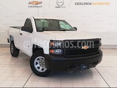 Foto venta Auto usado Chevrolet Silverado 2500 4x4 Cab Reg LS (2014) color Blanco Olimpico precio $235,000