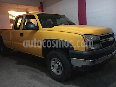 Chevrolet Silverado 2500 4x4 Cab Reg LS usado (2006) color Blanco precio $185,000