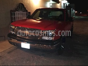 Foto Chevrolet Silverado 2500 Cabina Regular 4X2 usado (2004) color Rojo Lava precio $90,000