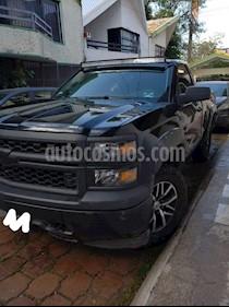 Chevrolet Silverado 2500 Cabina Regular 4X4 usado (2014) color Negro precio $260,000