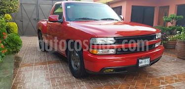 Chevrolet Silverado 2500 4x2 Cab Reg Paq J usado (2000) color Rojo precio $138,000