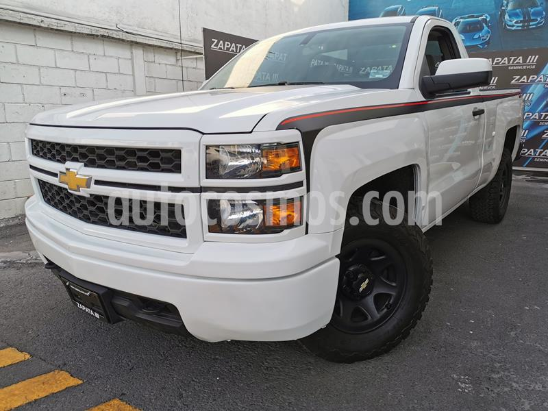 Chevrolet Silverado 2500 4x2 Cab Ext LS usado (2014) color Blanco Olimpico precio $243,000
