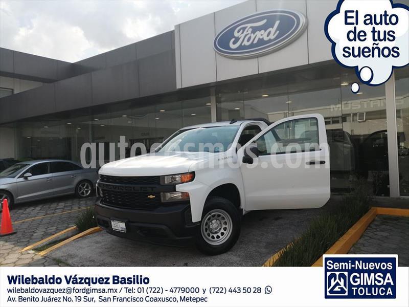 Chevrolet Silverado 2500 Cabina Regular 4X2 usado (2019) color Blanco precio $504,000