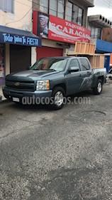 Chevrolet Silverado 2500 4x2 Doble Cabina LS usado (2011) color Gris Tormenta precio $197,000
