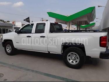 Chevrolet Silverado 2500 4x2 Cab Ext Paq A usado (2016) color Blanco precio $352,000