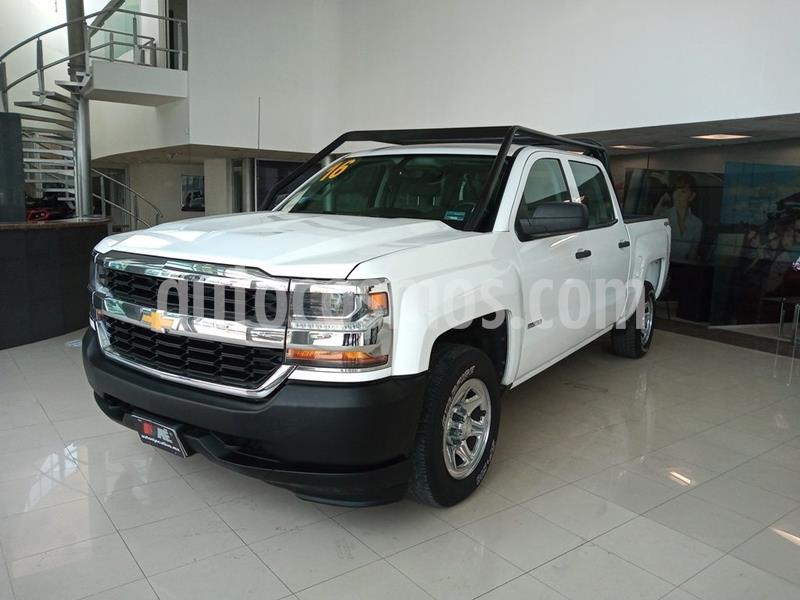 Chevrolet Silverado 3500 Chasis cabina usado (2016) color Blanco precio $399,900