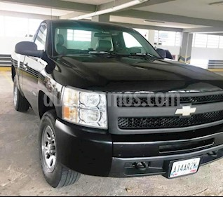 Chevrolet Silverado LS 5.3L Cabina Simple 4x2 usado (2012) color Negro