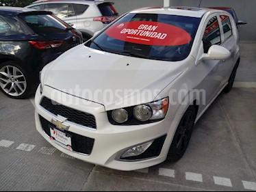 Foto venta Auto Seminuevo Chevrolet Sonic RS 1.4L (2015) color Blanco precio $189,000