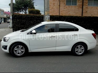 Chevrolet Sonic 1.6 LT usado (2015) color Blanco precio $33.000.000