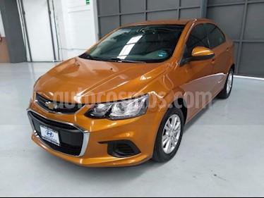Foto venta Auto usado Chevrolet Sonic 4p LT L4/1.6 Aut (2015) color Naranja precio $210,000