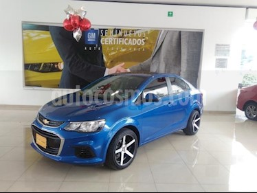 Foto venta Auto usado Chevrolet Sonic 4p LT L4/1.6 Man (2017) color Azul precio $204,900
