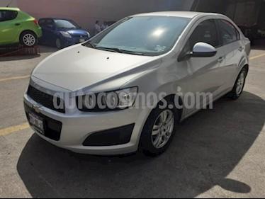 Foto Chevrolet Sonic 4P LT TM5 A/AC. VE BA RA-15 usado (2016) color Plata precio $168,000