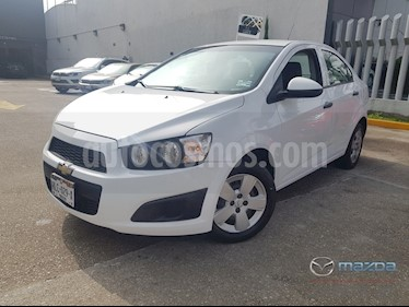 Foto venta Auto usado Chevrolet Sonic LS (2016) color Blanco precio $145,000