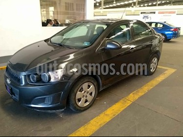 Foto venta Auto usado Chevrolet Sonic LS (2016) color Gris precio $135,500
