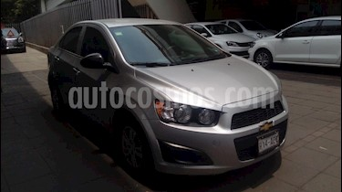 Foto venta Auto usado Chevrolet Sonic LS (2015) color Plata Brillante precio $140,000