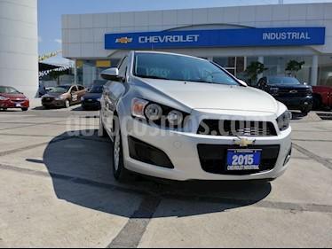 Foto venta Auto usado Chevrolet Sonic LT Aut (2015) color Plata Brillante precio $147,000