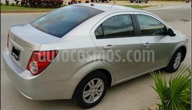 Foto Chevrolet Sonic LT Aut usado (2015) color Plata Brillante precio $157,000