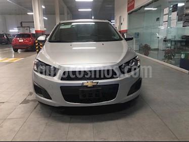 Foto venta Auto Seminuevo Chevrolet Sonic LT Aut (2016) color Plata precio $160,000
