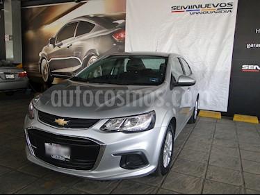 Foto venta Auto usado Chevrolet Sonic LT Aut (2017) color Plata precio $210,000