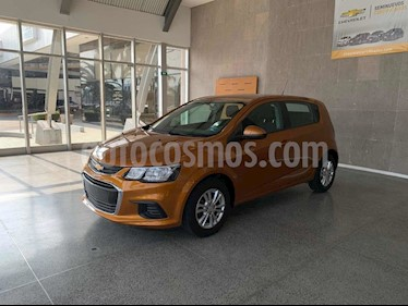 Chevrolet Sonic LT HB Aut usado (2017) color Naranja precio $189,000