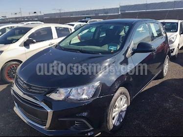 Foto venta Auto Seminuevo Chevrolet Sonic LT HB (2017) color Negro precio $168,000