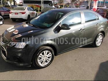 Foto venta Auto Seminuevo Chevrolet Sonic LT (2017) color Gris precio $189,000