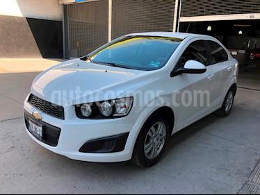 Foto venta Auto usado Chevrolet Sonic LT (2016) color Blanco precio $169,900