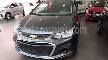 Foto venta Auto Seminuevo Chevrolet Sonic LT (2017) color Gris precio $184,000